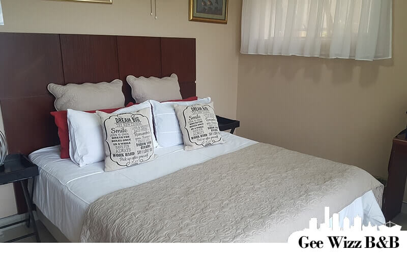 Accommodation in Scottburgh on the South Coast of natal balcony bedroom